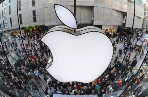 Первое подорожание акций Apple за год