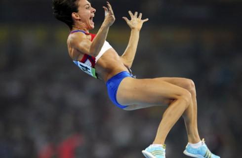Золотую медаль в российскую копилку сегодня добавила Елена Исинбаева