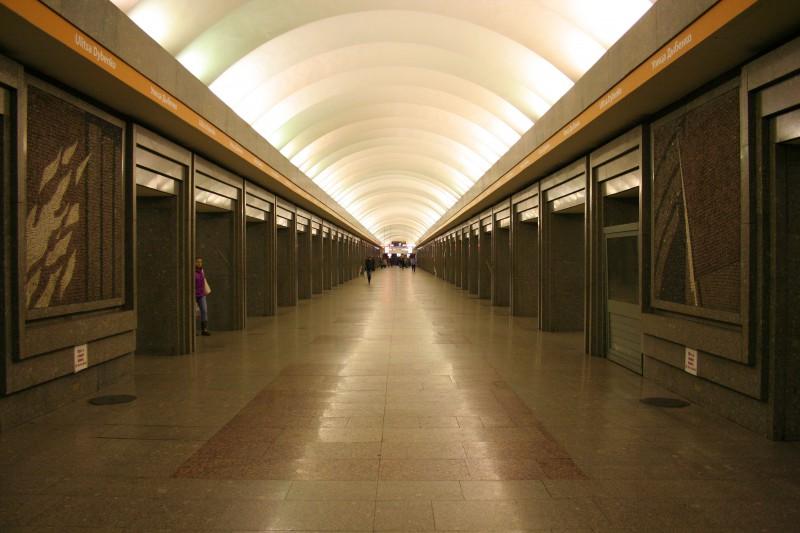 Отчет ночного метро в Санкт-Петербурге