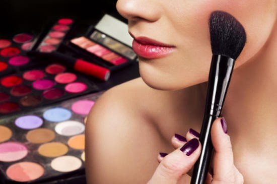 Как правильно пользоваться косметикой