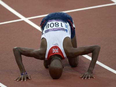 Мо Фарах одерживает победу на дистанции 10 тысяч метров