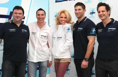 Памела Андерсон стала руководителем гоночной команды
