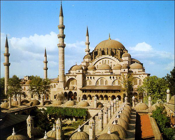 10 лучших достопримечательностей в Стамбуле 2020