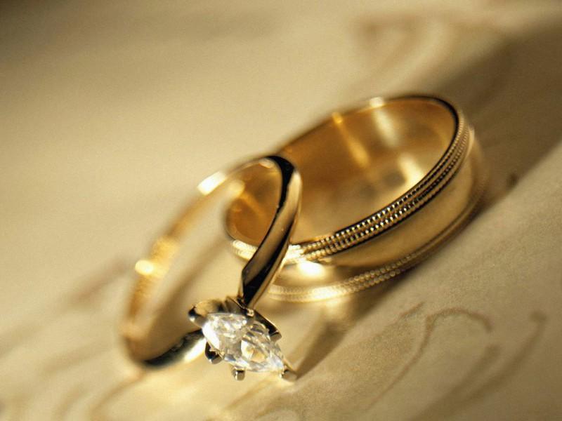 Современные Ромео и Джульетта сыграли свадьбу