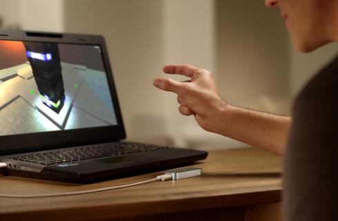 Взмах руки для управления ноутбуком – реальность