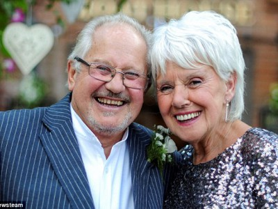 Пара в возрасте 76 и 79 лет снова женятся