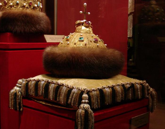 Выставка символов власти открылась в Музее Кремля