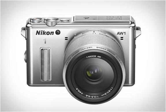 Nikon представила свою первую защищенную беззеркалку
