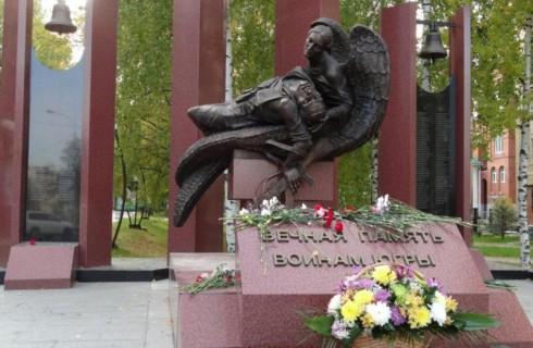 Памятник «Вечная память воинам Югры» восстановлен