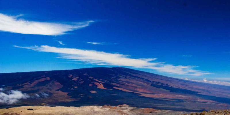 Ученые нашли самый большой вулкан на Земле