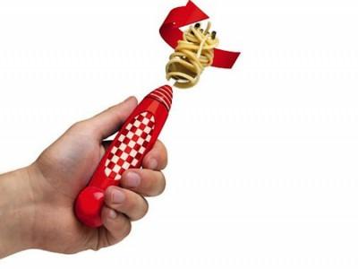 Механическая вилка, которая позволит насладится процессом поедания спагетти