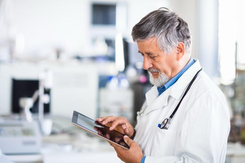 Вскоре москвичам в поликлиниках будут выдавать электронные рецепты