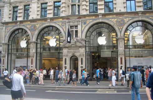Кто сказал, что у Apple кризис?