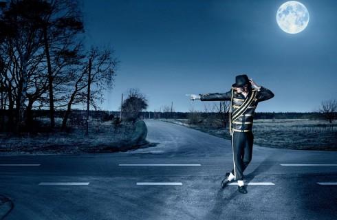 Майкл Джексон признан самой богатой умершей знаменитостью