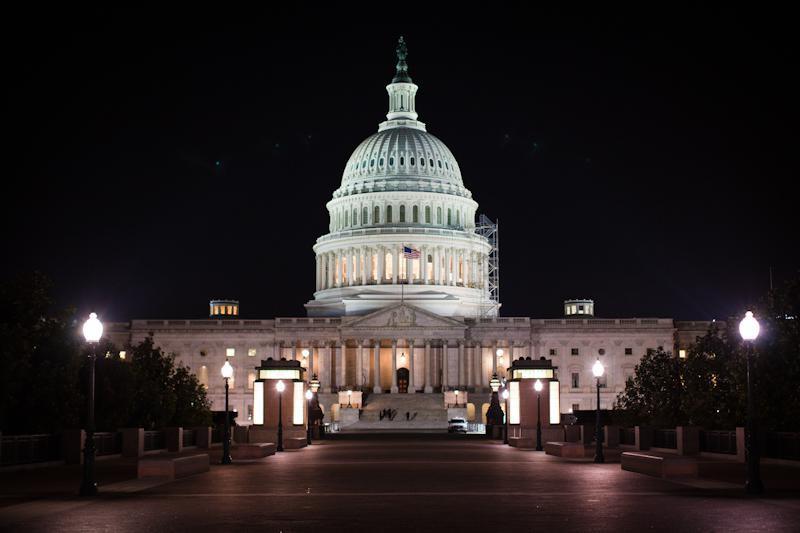 Финансовый кризис в США постепенно отступает