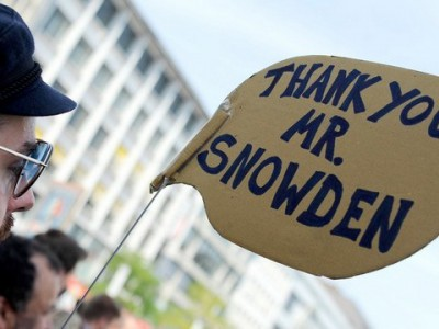 Награда Эдварду Сноудену