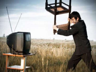 ЛДПР борется с рекламой во время сериалов и телепрограмм