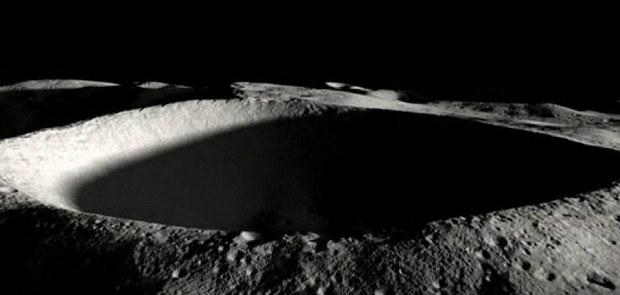 Лунный лед привлек внимание России