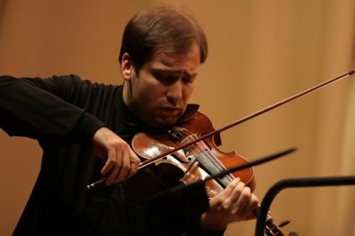 В Москву доставили 5 уникальных скрипок