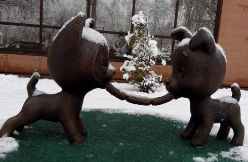 Памятник дружбе появился в Новокузнецке