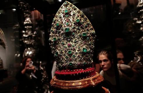 Сокровища Святого Януария привезли в Рим