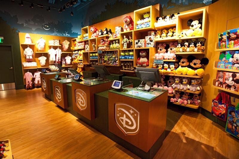 Walt Disney планирует открыть в России магазины