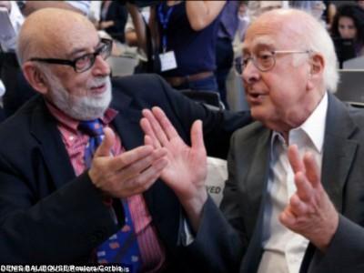 Профессор Хиггс и его коллега Франсуа Энглерта
