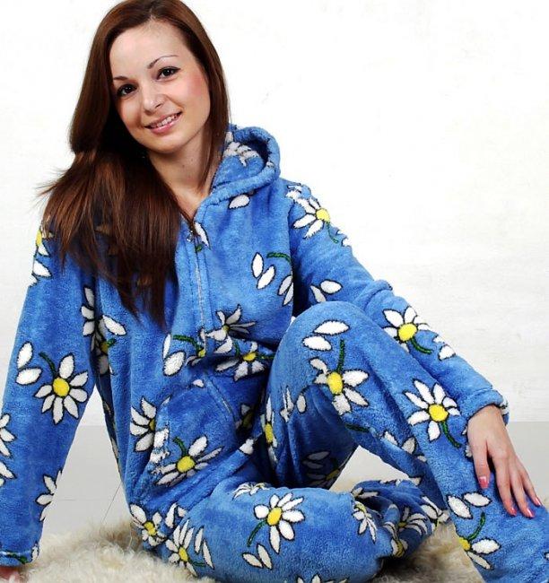 Можно ли в пижаме прийти на маскарад?