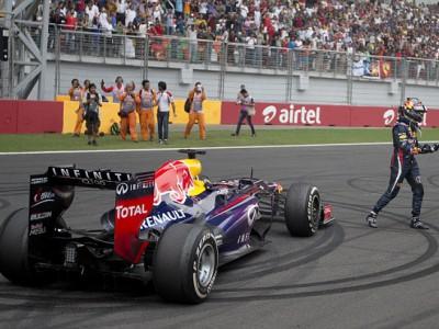 Себастьян Феттель сохраняет корону Формулы 1