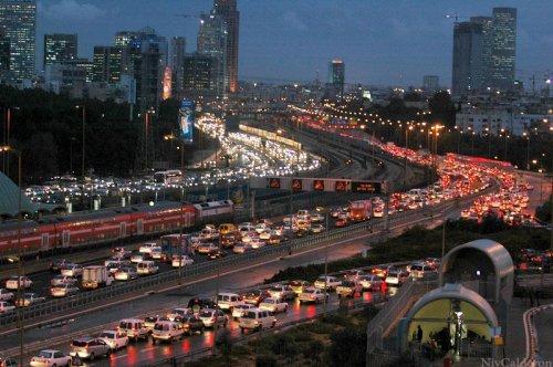 Москва стала лидером по автомобильным пробкам