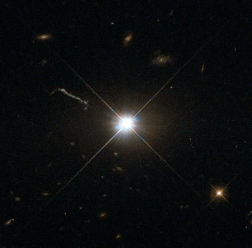 Квазар раскрыл свои тайны телескопу Hubble