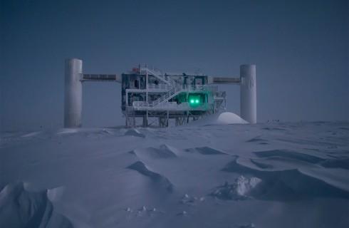 IceCube собирает космический «урожай» в Антарктиде