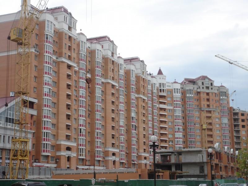 В Москве снижаются цены на бюджетное жилье