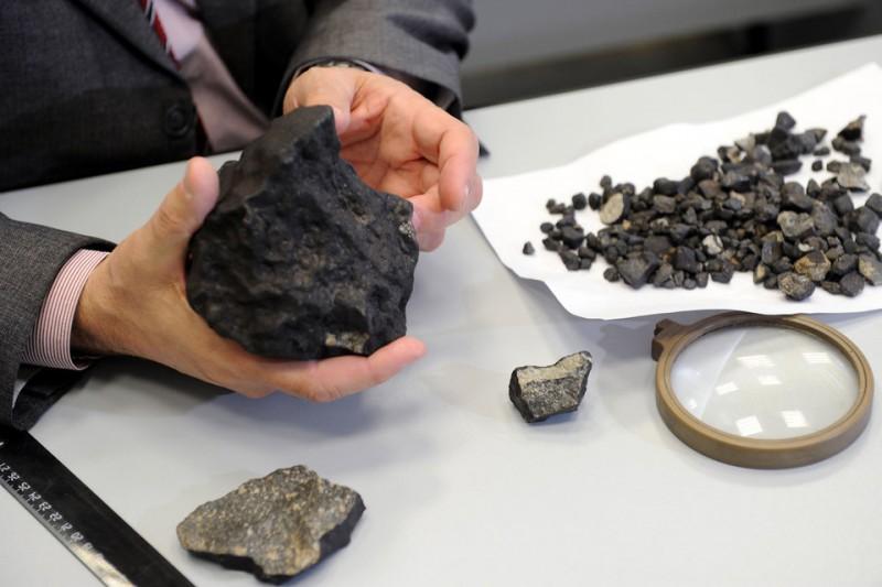 Откуда в челябинском метеорите взялась вода?