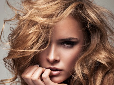 Прически с наращенными волосами