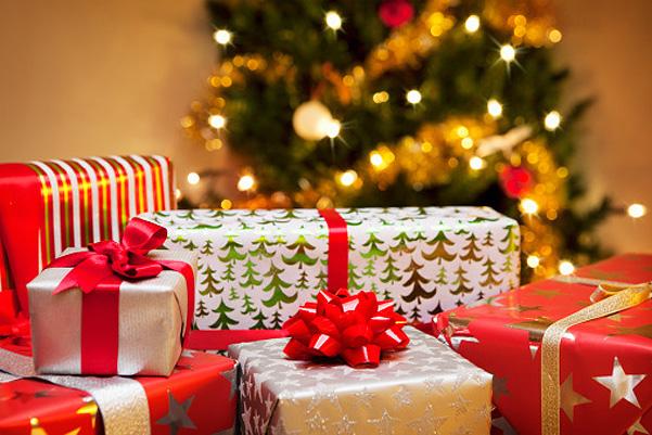Веселые и оригинальные подарки к Новому году