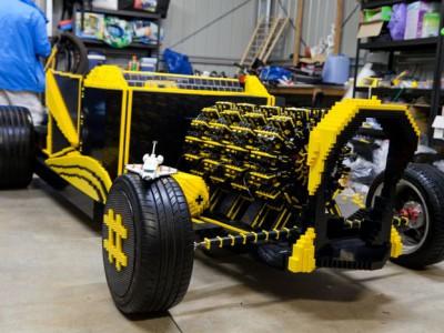 Автомобиль Lego