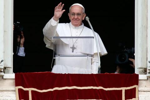 Дружба Папы Римского Франциска с мышонком Хорхе