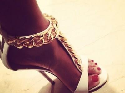 Какие туфли вы носите: красивые или удобные?