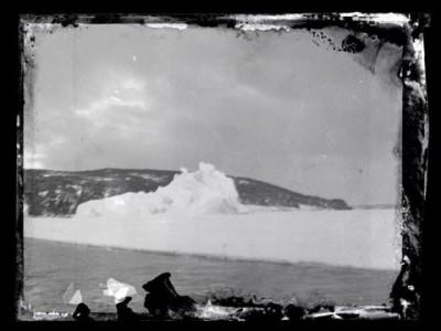 Вековые фотонегативы найдены в Антарктиде