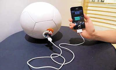 Зарядное устройство-мяч