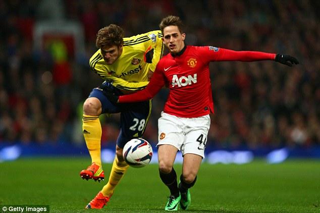 Nike и Adidas не могут поделить «Манчестер Юнайтед»