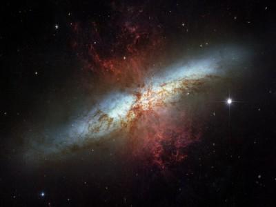 Сверхновая в Галактике Сигара