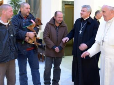 Папа Римский отправил голосовое сообщение монахиням в Испании