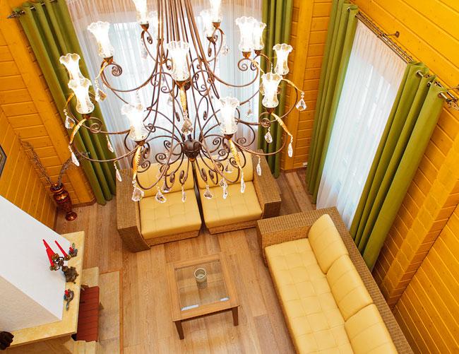 Как выбирать потолочные люстры для гостиной?