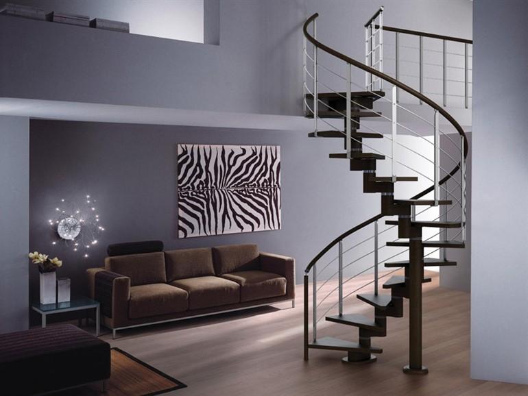Выбираем лестницу в свой частный дом