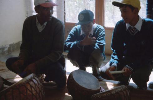 Проект для влюбленных в индийскую музыку