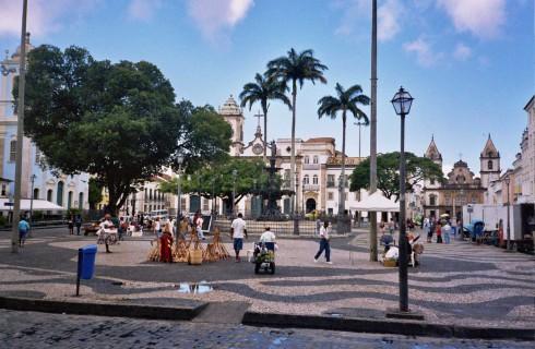 Сальвадор: игра престолов