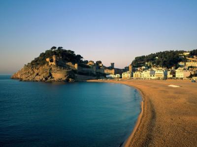 Несколько причин, почему стоит поехать в Испанию
