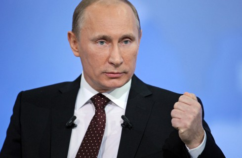 Путин защищает честь России